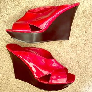 Jessica Simpson Red Patent Leather Wedge 9
